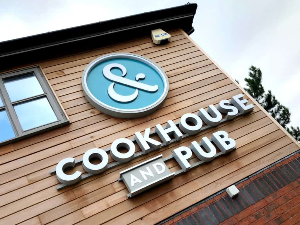 Cookhouse and Pub Oldbury family dining