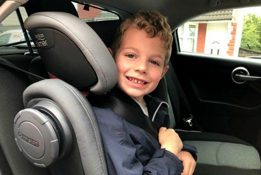 Britax Römer Kidfix III M car seat