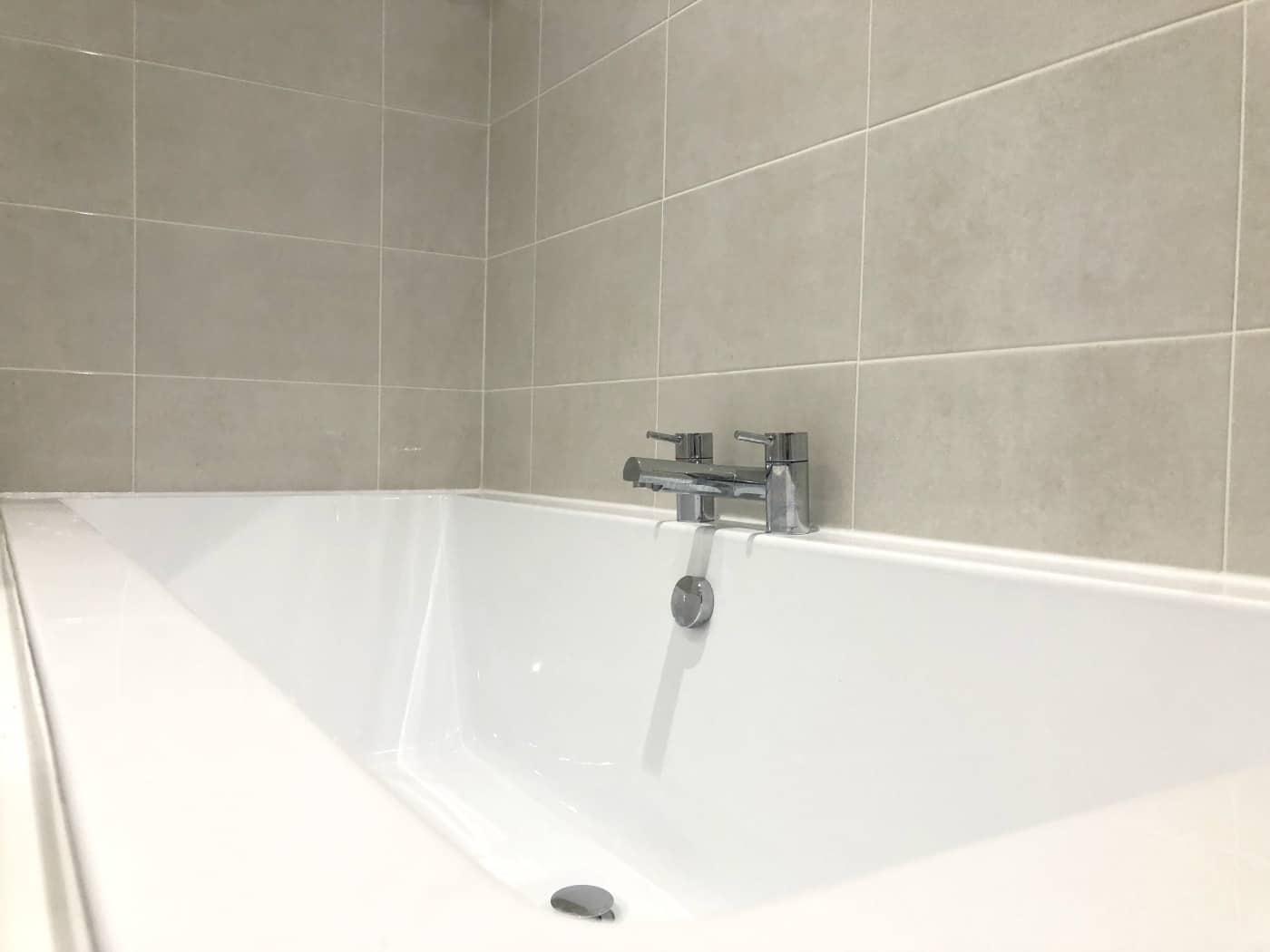 Bathroom Bath Tub