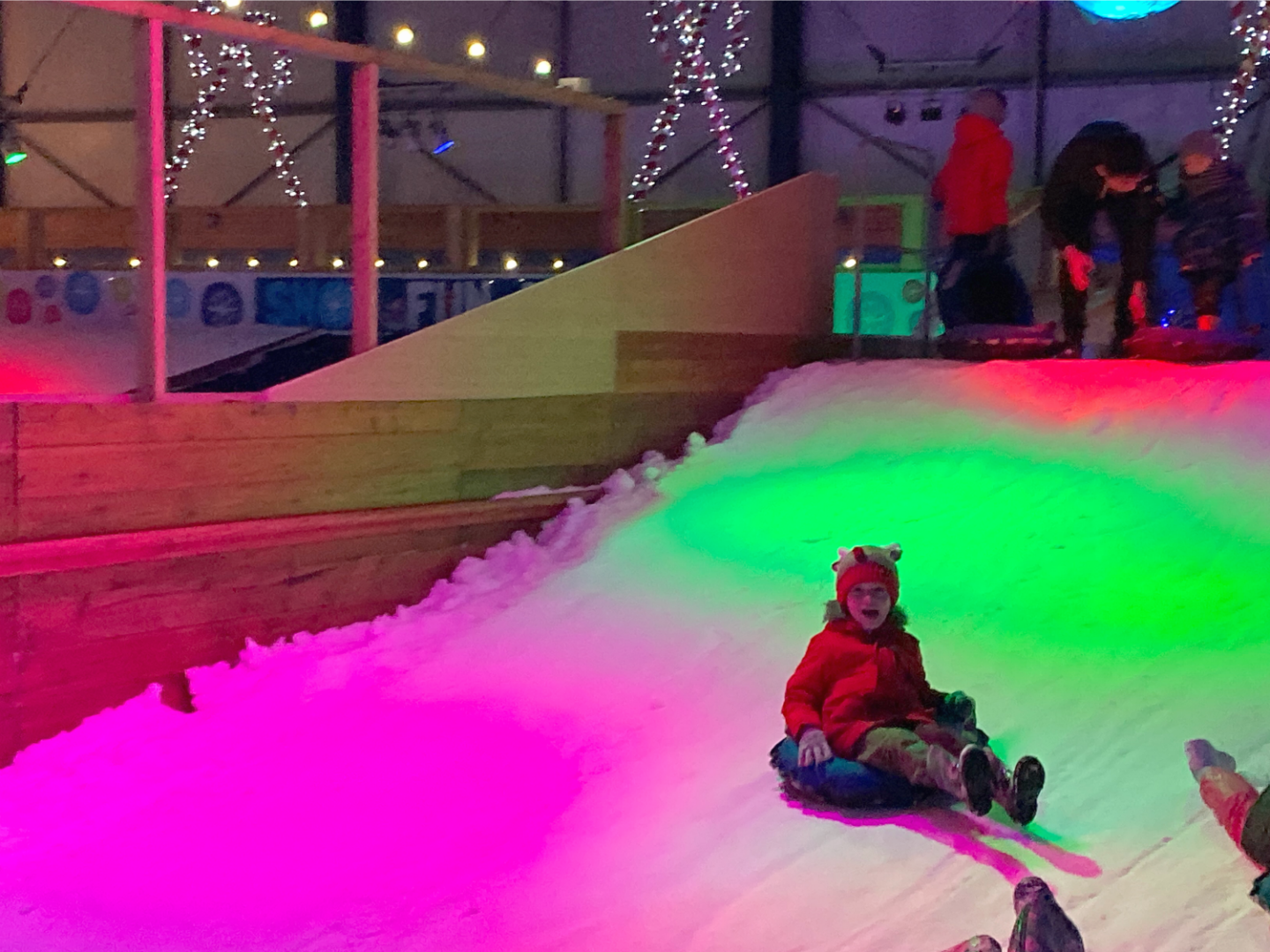 Santa's Winter Wonderland Snowdome Tamworth